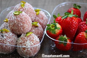 Strawberry Rava laddu recipe